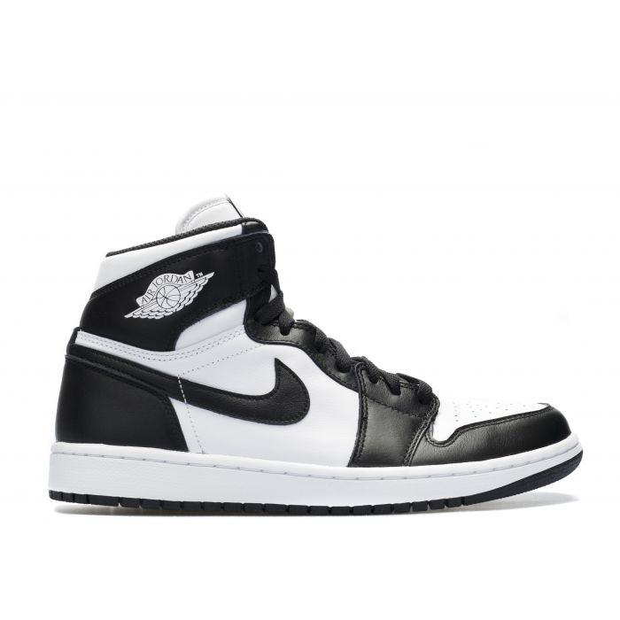 hot sale online acc27 0d69f Nike Air Jordan 1 Retro High OG | Black White